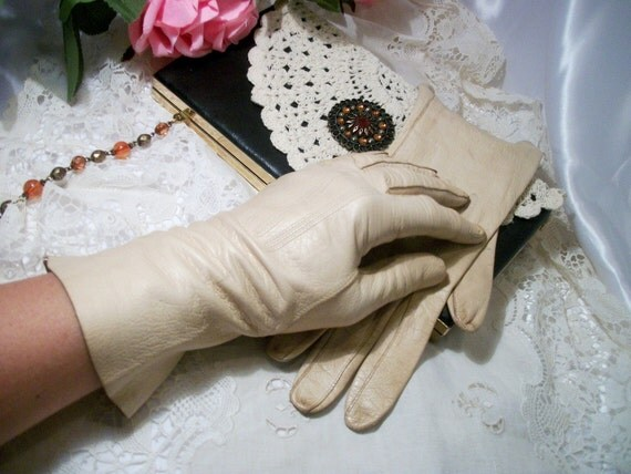 Classic kid leather French vintage gloves