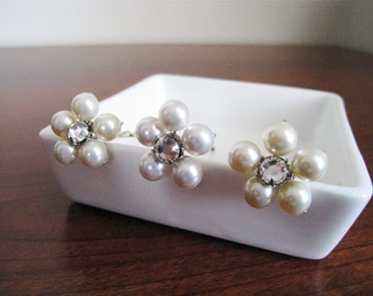 Swarovski Pearl and Rhinestone Flower Bridal Bobby Pins - SET OF 4 - Made to Order - AVALON
