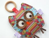 Daisy the Patchwork Owl, Baby Toy, Crinkle Toy, Organic Wood Teething Ring, Baby Girl Gift