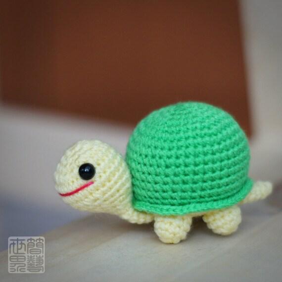 TorGri Amigurumi Tortoise Doll (Pastel Green)