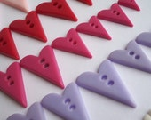48 x 2 hole unusual heart buttons