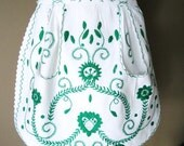 Vintage Apron White Cotton with Emerald Green Hand Embroidery