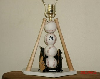 Baseball themed table lamp, New york yankees theme for that die hard fan.