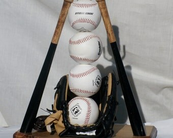Ultimate Baseball Table Lamp