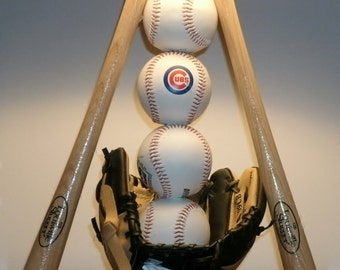 Ultimate Baseball Lamp (All 32 teams available).