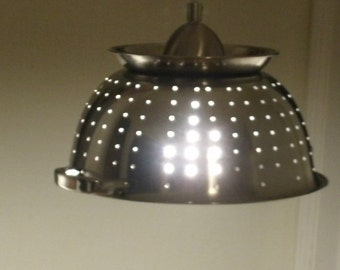 Ultimate Kitchen Colander Light