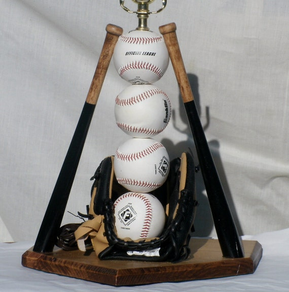 Ultimate Baseball Table Lamp