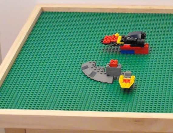 Extra Large Lego Table With 8 Lego Plates By