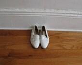 "White woven ""huarache"" flat shoes.  Size 7M"
