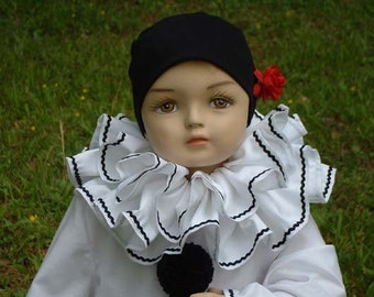 B041   Fabulous Classic Pierrot Clown Costume Children's Sizes