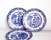 Trio of Blue and gold dessert plates, old blue willow pattern, English victorian serving, oriental style by Masons