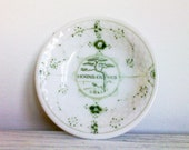 Vintage pin dish by Bing & Grondahl porcelain, green and white trinket from Denmark, 1950s