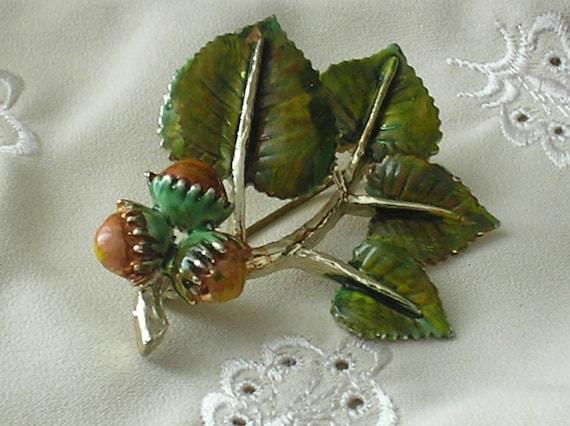 RESERVED FOR ROBIN - Vintage Exquisite Hazelnut Brooch