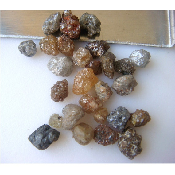 Wholesale Rough Diamonds - Rough Diamond Pieces Direct From The Mines - Multicolored - 13 Pieces 5mm To 2mm Each Approx.