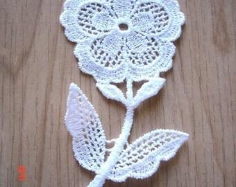 4 x NEW Flower Venise Lace Applique Craft Trim WHITE