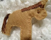 Horse - Handmade Felt Hairclip