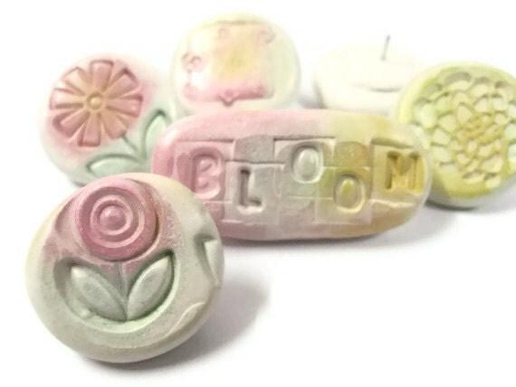 Decorative Push Pins - Thumbtacks - Pastel Bloom - Set of 6