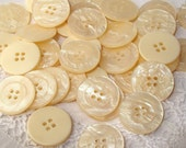 Cream Sewing Buttons, 25 Discount buttons, Ivory Pearlized Buttons, Sewing buttons, Craft buttons, Sewing buttons, Button lot