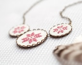 Scandinavian star necklace - dusty pink cross stitch ornaments - n009pink