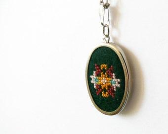 Ethnic embroidery necklace - cross stitch on dark green felt n012