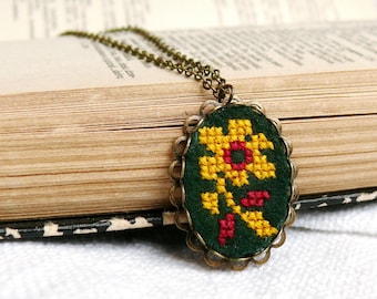 Hand embroidered necklace cross stitch amber flower on dark green felt - n004