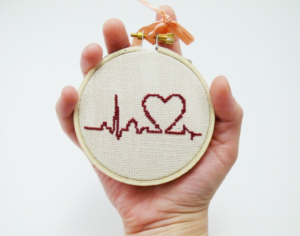 Hand Embroidery Burgundy Heart With Palpitation Cute Cross