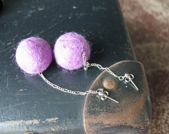 Long studs earrings with violet felt wool balls Violet bubbles
