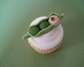 Baby Pea in a Pod Fondant Cupcake Toppers