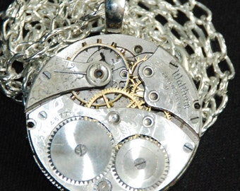 Steampunk Gorgeous Guilloche Engraved Waltham Watch Movement Necklace Pendant N60