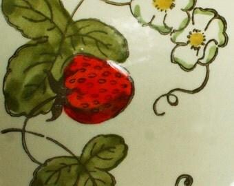Vintage Metlox Poppytrail Strawberry Bowl Made in California