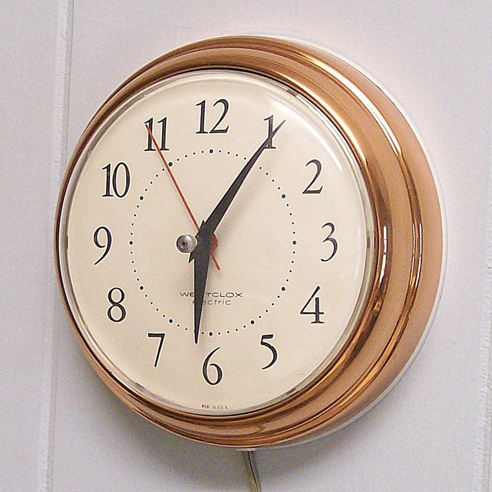 Vintage Electric Clocks 69