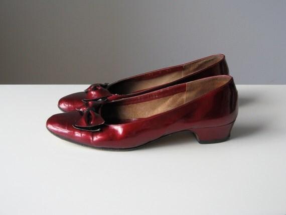 vintage Ferragamo shoes // Ruby Bows