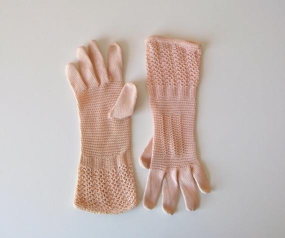 vintage gloves / crochet gloves / Tea Roses
