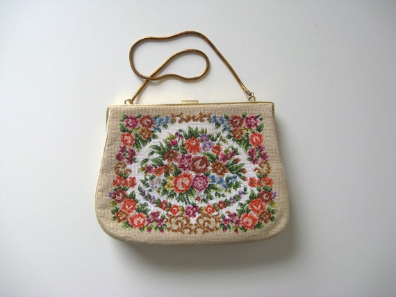 vintage needlepoint bag / floral tapestry bag