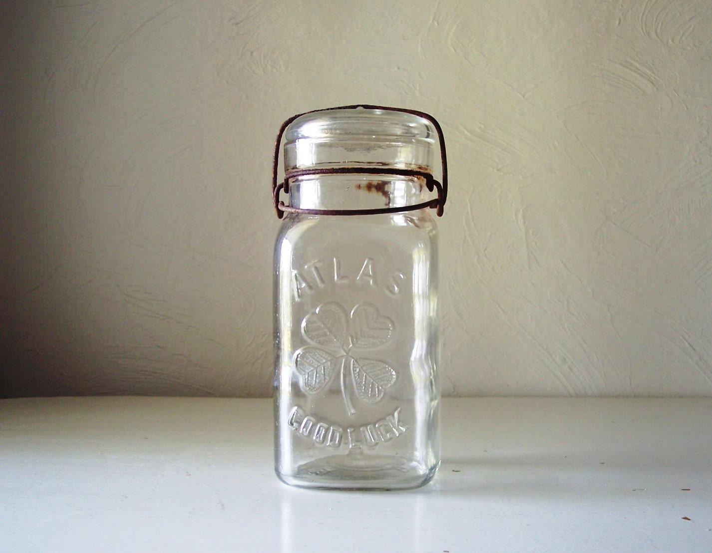mason jar good luck clover quart size. Black Bedroom Furniture Sets. Home Design Ideas