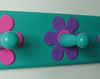 Turquoise, pink and purple daisies wooden coat rack with 3 hooks