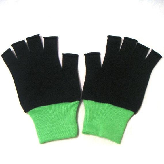 New Diamond Pearl Ash Ketchum Trainer Pokemon Costume Gloves -Child sz Black