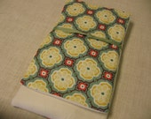 """28"""" X-Large Hot/ Cold Therapy Relief Wrap- Kate Spain Fandango- Green"""
