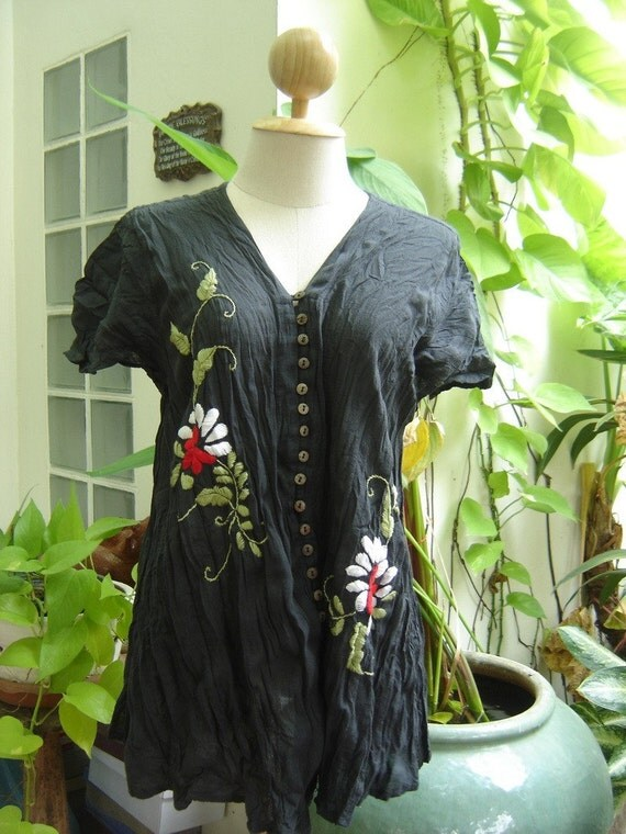 Bohemian Embroidered Short Sleeves A Top in BLACK