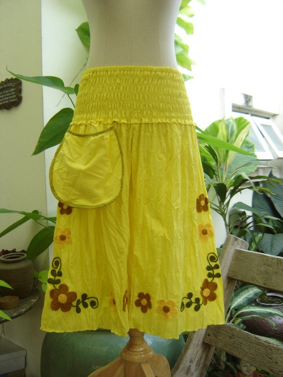 Nothing to Worry About Pants - 3/4 Length in Yellow