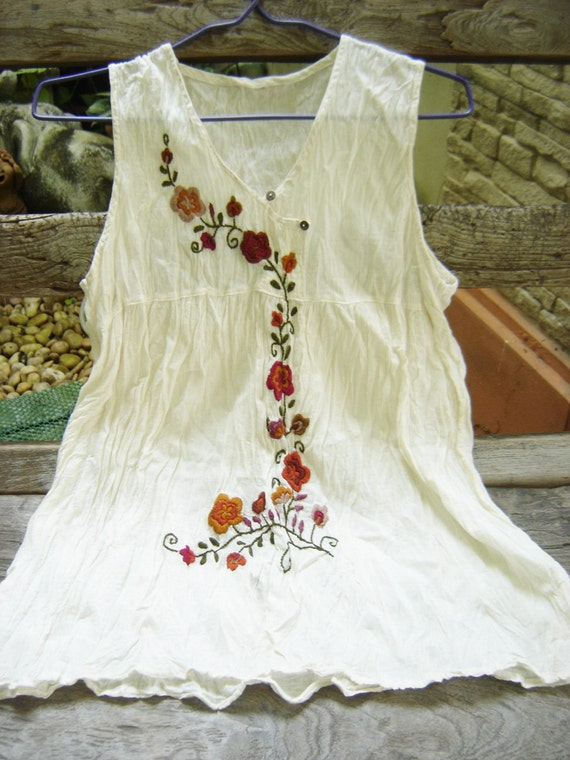 Sleeveless Bohemian Embroidered Top in Ivory