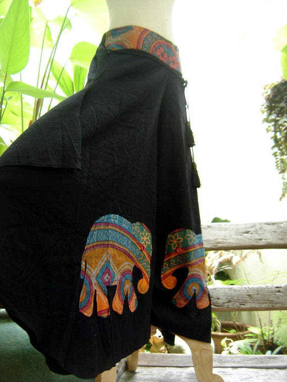 Wide Leg Pants - Black Cotton with Stitched Cotton Elephants RE0601