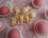 Cupid's Whispering  CAKE POP Toppers (6 Cupids &12 mini flowers)