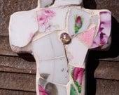 CROSS Mosaic in pink flowers