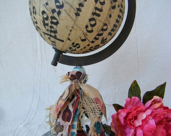 English Country Cottage Decorative Globe