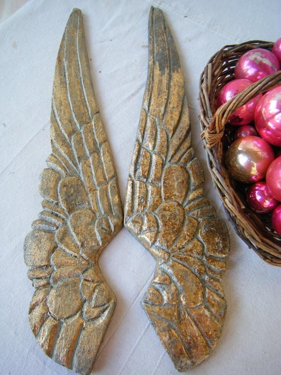 Olde World Angel Wings