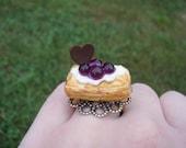 Dessert Pastry Ring