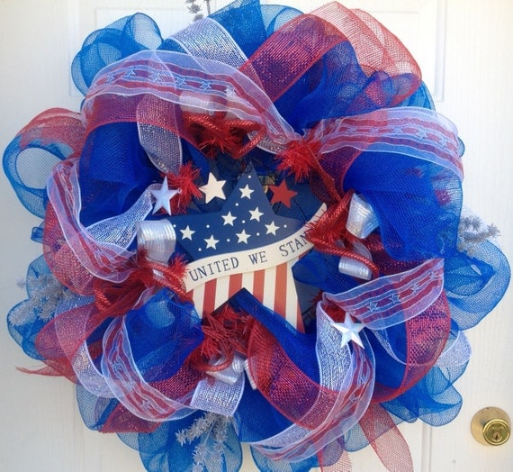 Mesh Wreath Red, White and Blue Fourth 4th of July patriotic star American flag deco geo mesh