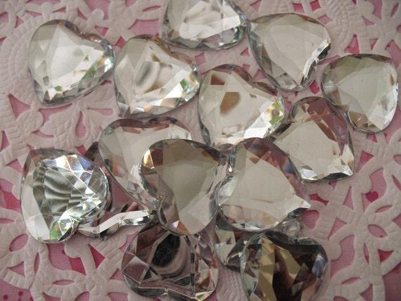 Acrylic heart stone flatbacks  Clear  25 mm   10 pcs