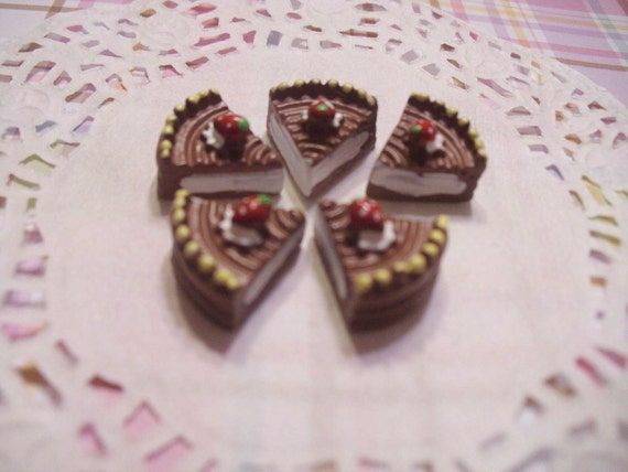 kawaii chocolate cake decoden cabochons   5 pcs